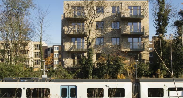 Hazelhurst Court from Beckenham Hill train station