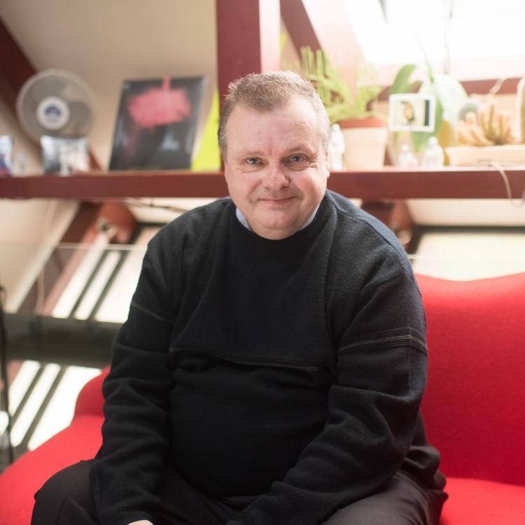 Phoenix resident Mark Burgess